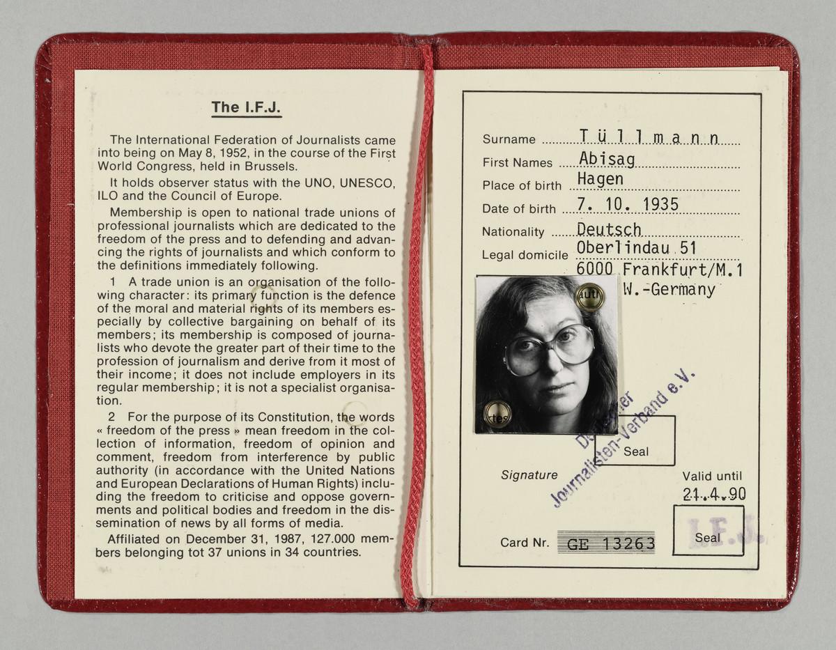 Presseausweis der Fotografin Abisag Tüllmann, 21.4.1990 (Gültigkeitsdatum) -